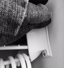closet anchor